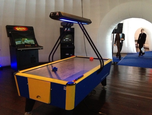 Air_hockey_prof_49cb630c85f11.jpg